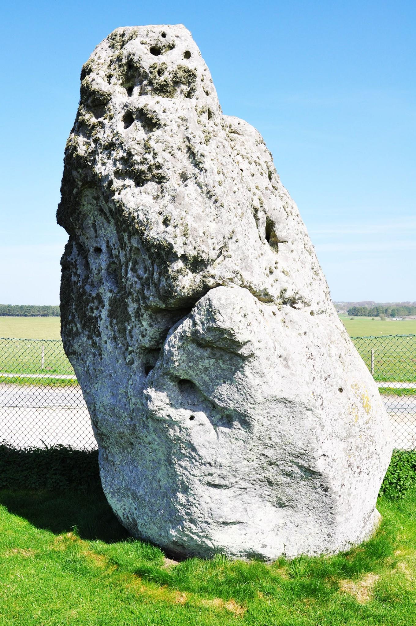 StoneHenge24